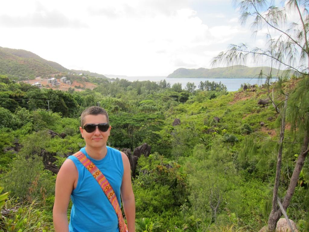 пешком через горы с пляжа на пляж