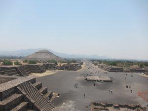 вид с пирамиды Луны, Теотиуакан