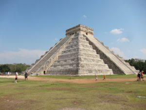 пирамида в Чичен-ица